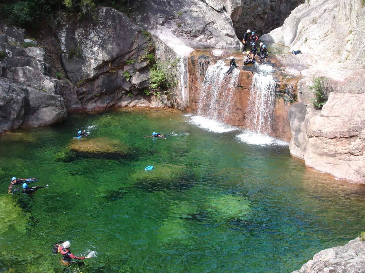 Randonnées, canyoning et escalade en corse du sud, porto-vecchio et bavella avec Xtremsud canyon