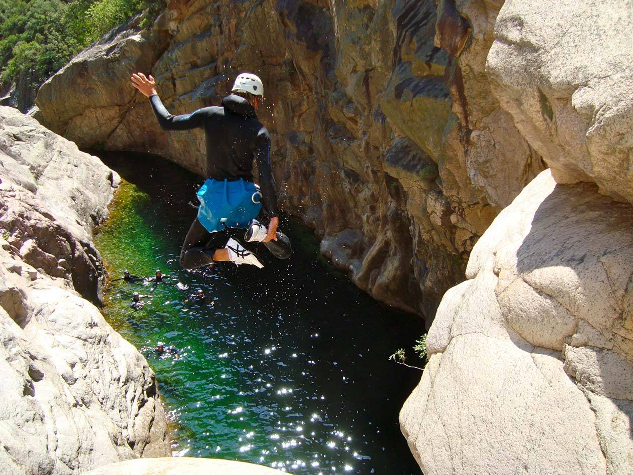 Canyoning avec Xtremsudcanyon en Corse du sud