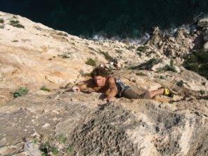 Escalade avec Xtremsudcanyon en Corse du Sud. Venez découvrir tous nos parcours