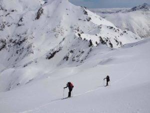 ski en haute montagne avec guide expérimenté