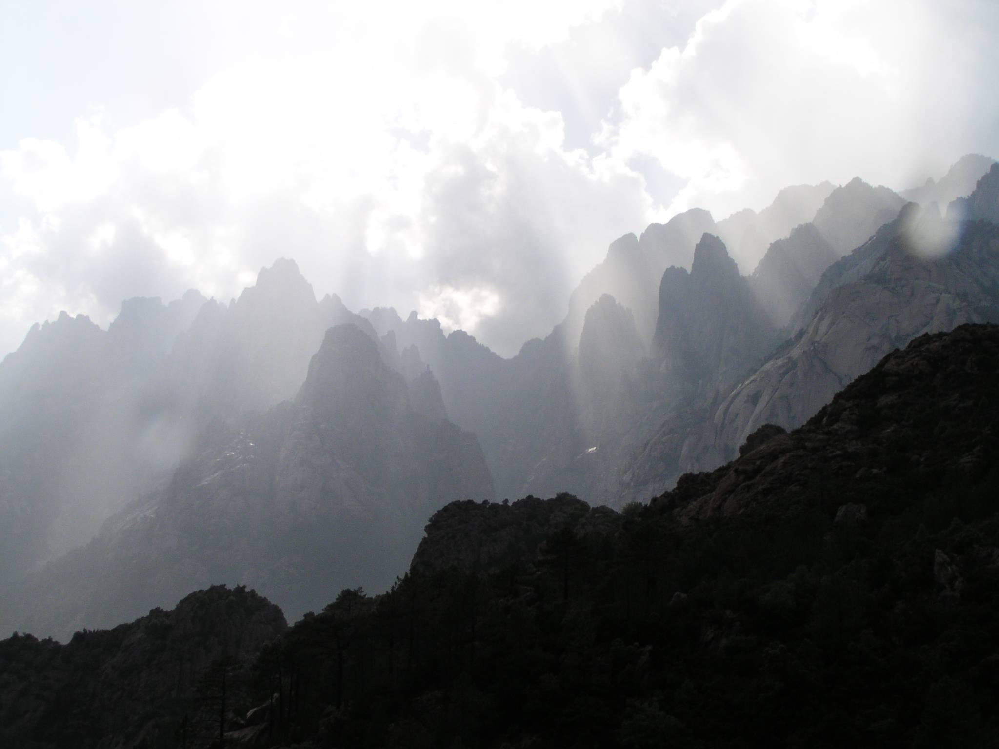 Randonnée avec xtremsudcanyon. Massif de bavela, Corse du Sud.